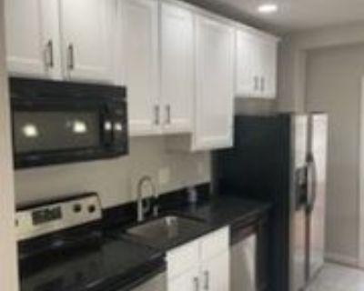2220 N Capitol St Nw, Washington, DC 20002 3 Bedroom Apartment