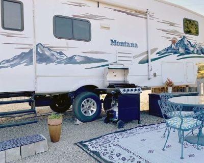 """""""Sky is the Limit"""" 5th Wheel in Oregon's Wine Country - Talent"""