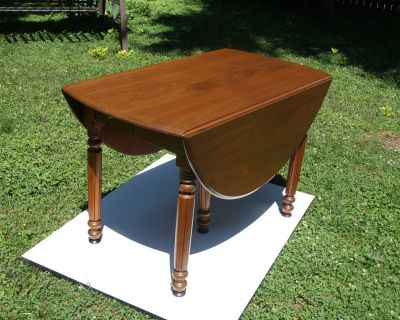 Solid Wood Drop-leaf Dining Table - Cherry