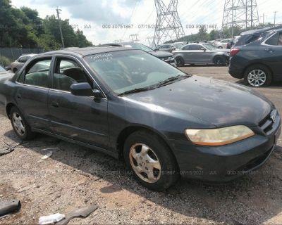 Salvage Blue 2000 Honda Accord Sdn
