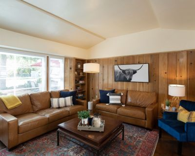 Walk to Downtown, Sleeps 6, Patio + BBQ Grill - Paso Robles