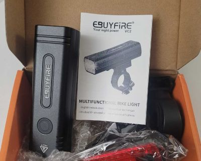 Brand new Never used Ultra Bright LED Bike Lights Front and Back, 3 Light Mode