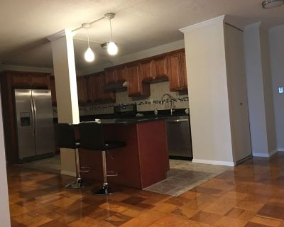 Newly Updated Furnished Apartment, Large Open K...