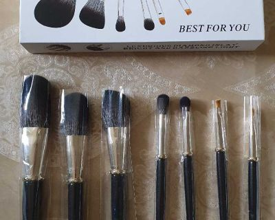 Professional Makeup Brushes Set 7pcs ( NOTE CROSSPOSTED)