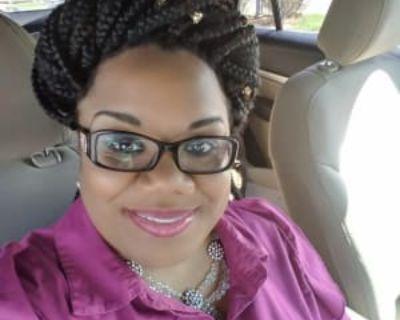 Camilya, 36 years, Female - Looking in: Rockford IL