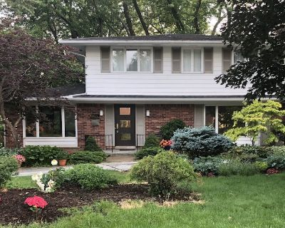 Spacious Modern Retreat Minutes From the Big House - Lawton
