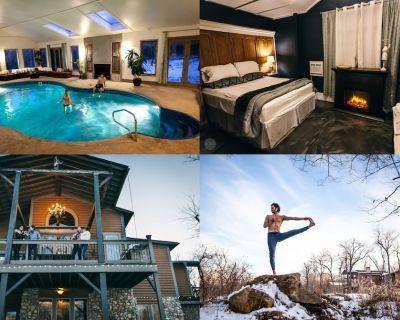 Ecotouristic 4500Sf Lodge 2000sf Indoor Swimming pool - ITLUXURYSTAYS sleeps 27 - Drexel