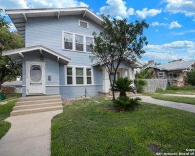 1107 W Mistletoe Ave #2, San Antonio, TX 78201 3 Bedroom Apartment