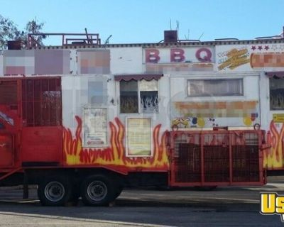 8' x 28' Mobile Kitchen / Catering Concesion Trailer