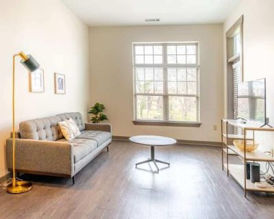 Urban Living 1BR in Uptown Area Pool and Gym - Fourth Ward