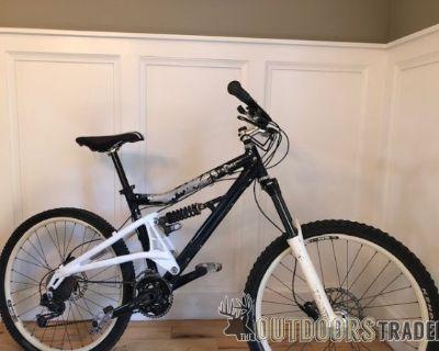 FS Santa Cruz mountain/downhill bike