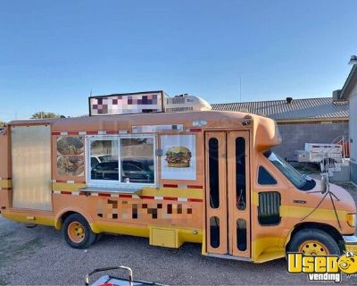 24' Diesel Ford Econoline Used Food Truck / Commercial Mobile Kitchen