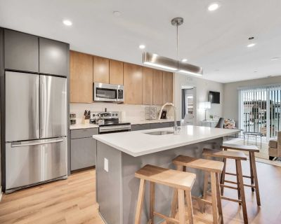 New Listing Delightful Suite With Rooftop Patio Elevator Gym Coffee - Southwest Center City