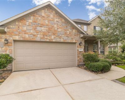20738 Oakhurst Creek Drive, Porter, TX 77365