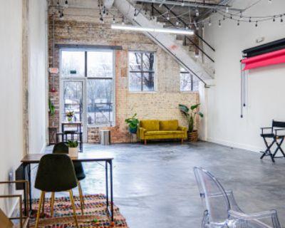 Bright & Modern Industrial Studio Nestled in Grant Park Neighborhood, Atlanta, GA