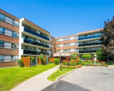 40 Sunrise Avenue #Suite 417, Toronto, ON M4A 2R4 3 Bedroom Condo