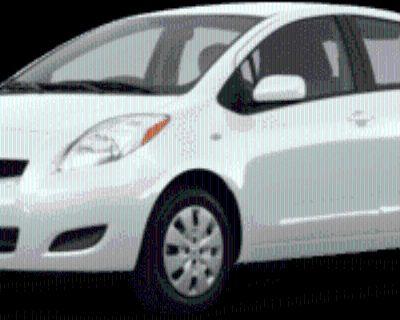 2011 Toyota Yaris 5-Door Liftback Manual