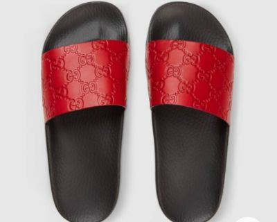 HIBISCUS RED GUCCI SLIDES