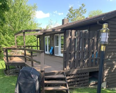 Rocky Top Guesthouse on the River - Hannibal