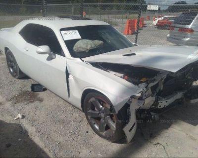 Salvage White 2014 Dodge Challenger