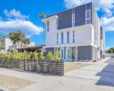 4555 Saturn St, Los Angeles, CA 90019 3 Bedroom Apartment