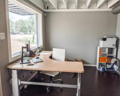 Industrial Office Space with Private Cinema, Pearland, TX