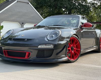 SPECTACULAR TWO OWNER BLACK/GRAY 2011 PORSCHE 911 GT3RS