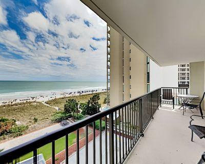 Stellar Ocean Views & 2 Balconies -- Access Shared Indoor Pool & Hot Tub - Windy Hill