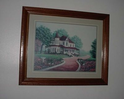 Vintage Home Interior & Gifts HOMCO Victorian Colonial House Wooden Framed Picture. Features A Brick Path With Lovely Floral Flower...