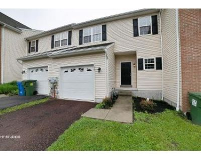 3 Bed 3 Bath Foreclosure Property in Pottstown, PA 19464 - Green View Dr