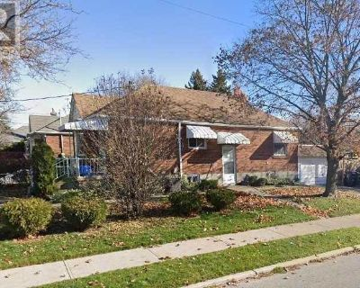 1 bed 1 bath Bright Basement Apartment With A Wrking Wood Stove