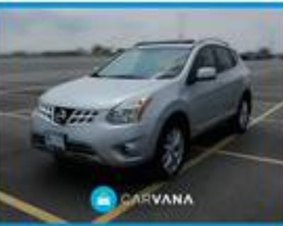 2011 Nissan Rogue Silver, 84K miles