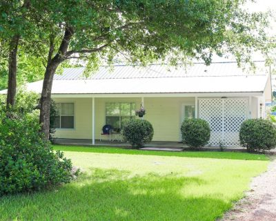 Cottage with Private Lake Bordering Big Thicket National Forest - Warren