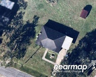 2 Bath Preforeclosure Property in Saint Martinville, LA 70582 - Rochon Ln