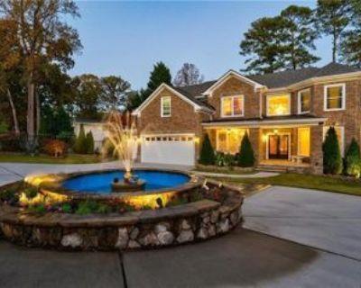 2109 Clairmont Rd, Decatur, GA 30033 6 Bedroom House