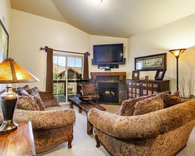 Luxury near Utah Olympic Park - 3-bed condo w/ jetted tub, fireplace, kitchen - Bear Hollow Village