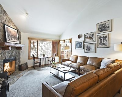 Ski in/out - 5 Bedroom SnowFlower Condo - Downtown Park City