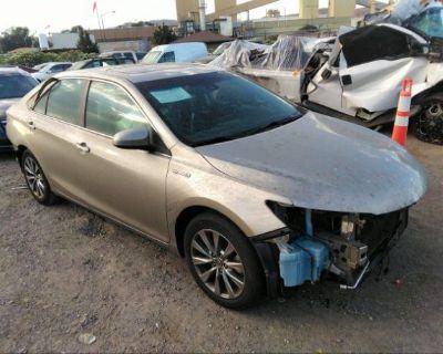 Salvage Gray 2015 Toyota Camry Hybrid