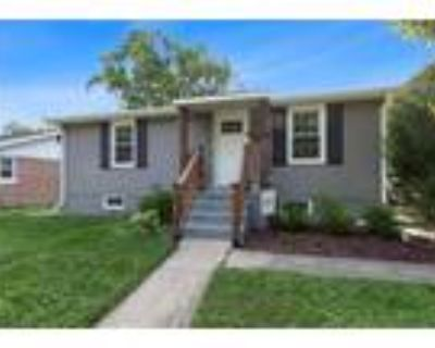 Charleston Real Estate Home for Sale. $68,500 2bd/2ba. - Kris Newell of