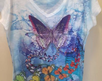 New Without Tags Butterfly T-Shirt