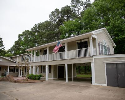 Unwind and de-stress. Relaxing, private modern farmhouse style suite - Caddo Parish