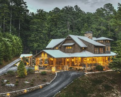 Luxurious Lodge in The North Georgia Mountains on 265+ Acres - Ellijay