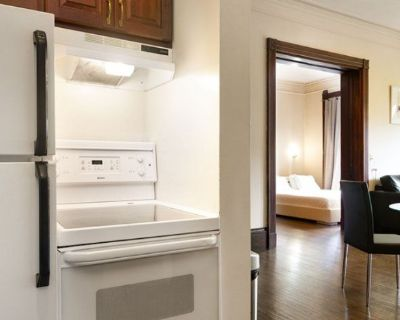 Furnished One Bedroom Suite in the Heart of Back Bay