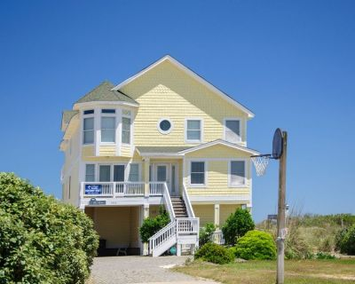 The Gem: You've found The Gem in this oceanfront, 8 master bedrooms, private pool and hot tub. - Nags Head