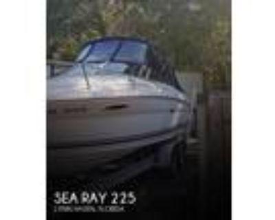 22 foot Sea Ray 225 Weekender