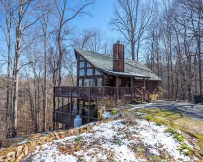 Serenity - Beautiful Mountain Cabin - 3 Bed 3 Bath - Pigeon Forge
