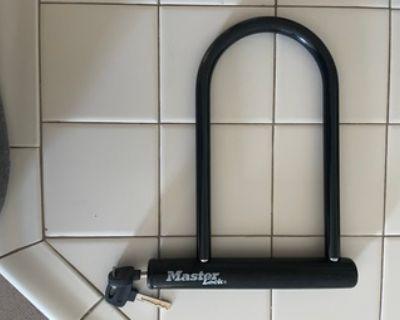 Bike helmet and locks
