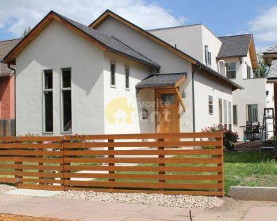3 bedroom 3 bathroom 2-car garage in Five Points, Denver