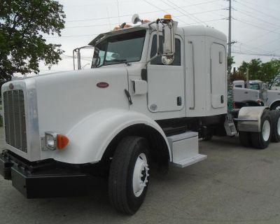 2012 PETERBILT 365 Sleeper Trucks Truck