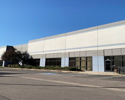Flex / Industrial Space for Sublease in the Colorado Tech Center